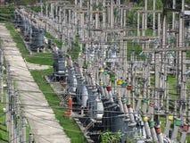 De elektrische transformatoren met hoog voltage stock foto
