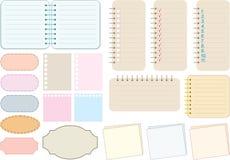 De elementen van het plakboek. Document en notitieboekjes Royalty-vrije Stock Foto's