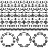 De elementenpatronen van de grensdecoratie en ronde kaders in zwart-witte kleuren Stock Afbeeldingen