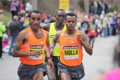 De elitepak van mensen bij de Marathon van Boston Royalty-vrije Stock Foto's