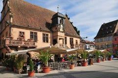 De Elzas, het schilderachtige dorp van Molsheim stock afbeelding