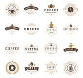 De Emblemen, de Kentekens en de Etikettenontwerp van de koffiewinkel Royalty-vrije Stock Foto