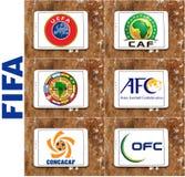 De emblemen en de emblemen Fifa-van voetbal (voetbal) federaties Stock Foto's