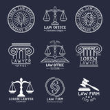 De emblemen van het wetsbureau met schalen van rechtvaardigheid, hamerenz. illustraties die worden geplaatst Vector uitstekende p Stock Fotografie