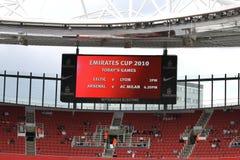 De emiraten vormen het programma van 2010 tot een kom Stock Fotografie