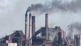 De emissies van luchtverontreinigende stoffen – centrale samenstelling stock footage