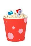 De emmer van de popcorn, twee kaartjes en 3D glazen Royalty-vrije Stock Afbeeldingen