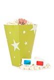 De emmer van de popcorn, twee kaartjes en 3D glazen Stock Afbeeldingen