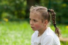 De emoties van een mooi expressief vijf-jaar-oud meisje Royalty-vrije Stock Foto