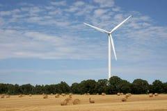 De energieinstallatie van de wind Royalty-vrije Stock Afbeeldingen
