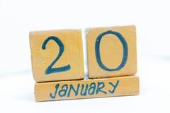 20 de enero Día 20 del mes, calendario en fondo de madera Invierno, concepto del año fotografía de archivo