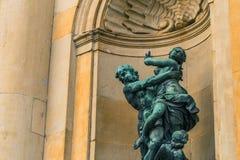 21 de enero de 2017: Estatua en el palacio real de Estocolmo, sueco Fotografía de archivo libre de regalías