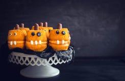 De enge cakes van de pompoenkop Stock Foto