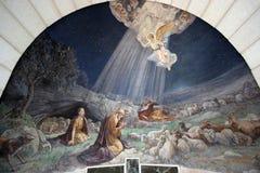 De engel van Lord bezocht de herders en informeerde hen over de geboorte van Jesus ` stock afbeelding