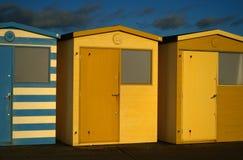 De Engelse Hutten van het Strand Royalty-vrije Stock Fotografie