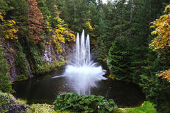 De enorme fontein in meer Royalty-vrije Stock Afbeelding
