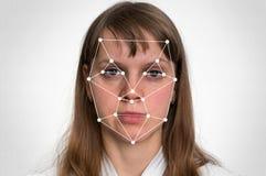 De erkenning van het vrouwengezicht - biometrische controle stock fotografie