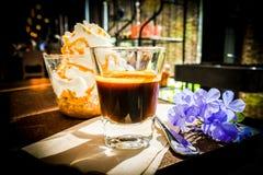 De espresso bedriegt panna Stock Afbeeldingen