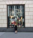 De Etalage van Bergdorfgoodman, de Stad van New York, NY, de V.S. Stock Foto