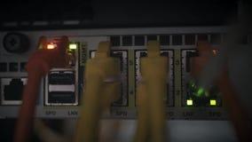 De Ethernetverbinding leidde het opvlammen bij Netwerkserver stock footage