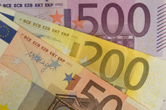 De euro bankbiljetten woeien uit close-up Royalty-vrije Stock Afbeelding