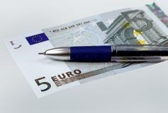 De euro en de pen van het geld Royalty-vrije Stock Fotografie