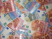 De euro luchtmening van muntbankbiljetten Diverse benamingen van Europese muntnota's, top down mening royalty-vrije stock fotografie