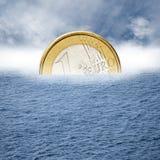 De euro zinkt Royalty-vrije Stock Foto's