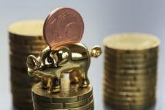 De eurocent van het spaarvarken Stock Afbeelding