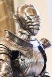 De expositie van middeleeuwse die pantser en ridderridders in het Beierse Nationale Museum in München worden voorgesteld royalty-vrije stock foto's