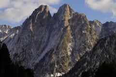 De förtrollade bergen Arkivfoton