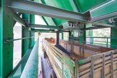 De fabriek van de cementsteengroeve Stock Foto's