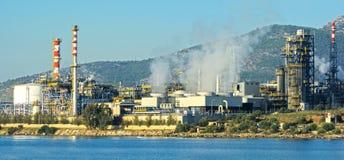 De fabriek van de olieraffinaderij Royalty-vrije Stock Afbeeldingen