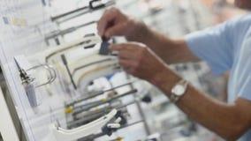 De fabriek van de motorproductie Het elektrische proces van de motorproductie stock afbeeldingen