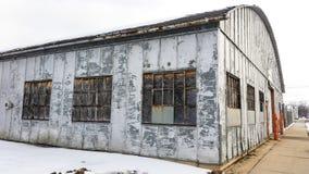 De fabrieksbouw in kleine Van het Midwesten stad Royalty-vrije Stock Foto
