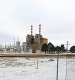 De fabrieksbouw in kleine Van het Midwesten stad Royalty-vrije Stock Fotografie