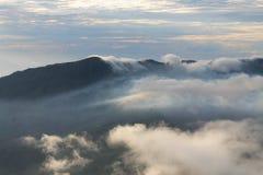 De fantastiska panoramorna av monteringen Bromo royaltyfria bilder