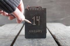 14 de febrero calendario del vintage Idea del día de tarjeta del día de San Valentín Imágenes de archivo libres de regalías