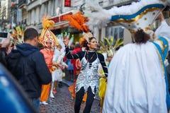 7 DE FEBRERO DE 2016 - PARÍS: Carnaval tradicional de febrero en París, Francia Fotografía de archivo libre de regalías