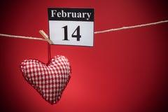 14 de febrero, el día de tarjeta del día de San Valentín, corazón rojo Fotos de archivo libres de regalías