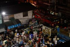 20 de febrero de 2018 7:20 fuego del P.M. en Pasig Filipinas Imagen de archivo