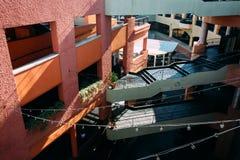 17 DE FEBRERO - SAN DIEGO: El Westfield Horton Plaza Fotos de archivo