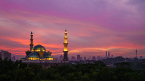 De federale moskee van het grondgebied in Kuala Lumpur Stock Afbeeldingen