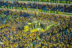 De federaties vormen 2013 tot een kom - Brazilië x Spanje - Maracanã Stock Fotografie