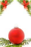 De feestelijke grens van Kerstmis met rode snuisterij Stock Afbeelding