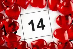 14 de fevereiro com um feriado vermelho do símbolo do coração Imagens de Stock