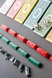8 de fevereiro de 2015: Houston, TX, EUA Dinheiro do monopólio, e jogo Fotos de Stock