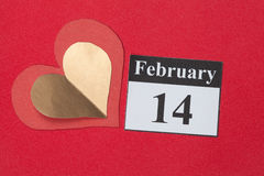 14 de fevereiro, o dia de Valentim, coração do papel vermelho Fotografia de Stock