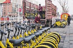 De fiets-aandeel wijze verandert people's het leven Stock Fotografie