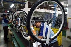 De fiets van de assemblagefiets van Indonesië royalty-vrije stock foto's